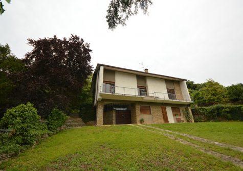 Brescia – Prestigiosa Villa Singola